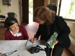 Mariachiara mentre insegna a progettare